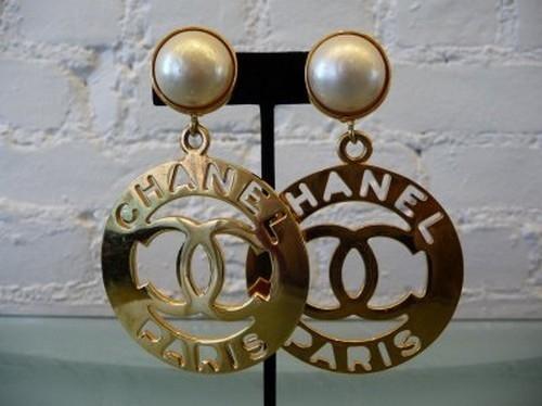 chanel-cute-earrings-fashion-gold-runawaylove.blogg.no-Favim.com-61940