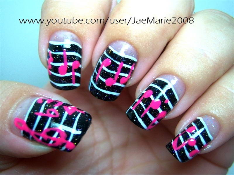 Musical notes on your nails musical note nail art prinsesfo Images