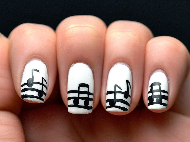 Musical Notes On Your Nails!