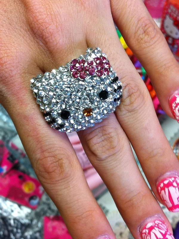 Big Bling Rings Can Be The Ultimate Fashion Accessory