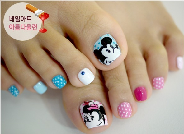 cute u0026amp simple toenail designs for beginners to do at home ...
