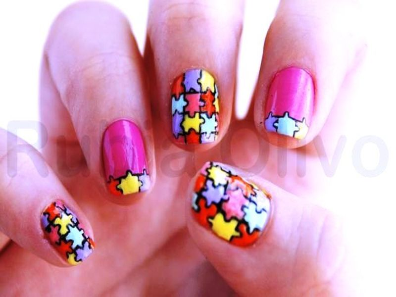 Who Would Like To Try Some Puzzle Nail Arts?
