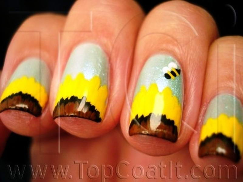 Who will try these adorable bee nail arts bee nail art prinsesfo Choice Image