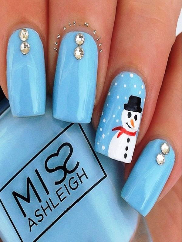 Will You Try These Adorable Snowman Nail Arts