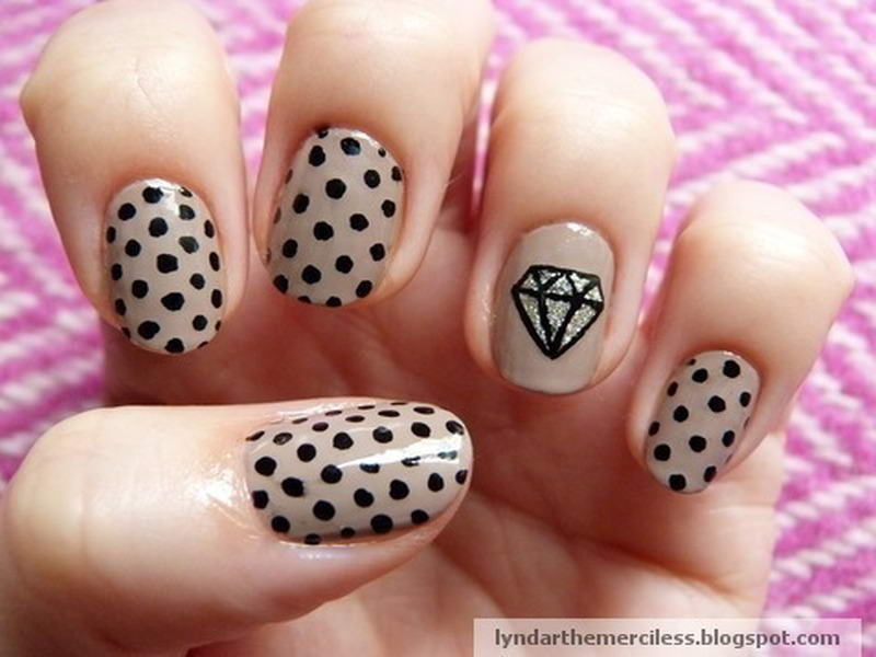 Diamond nails beautify themselves with sweet nails diamond nail art prinsesfo Gallery
