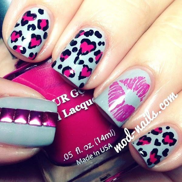 Kiss Nail Arts For The Valentines Day