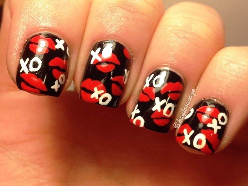 kiss nail art
