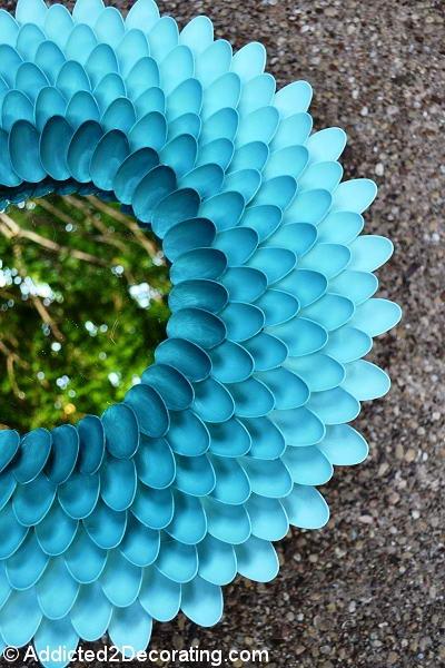 diy chrysanthemum mirror