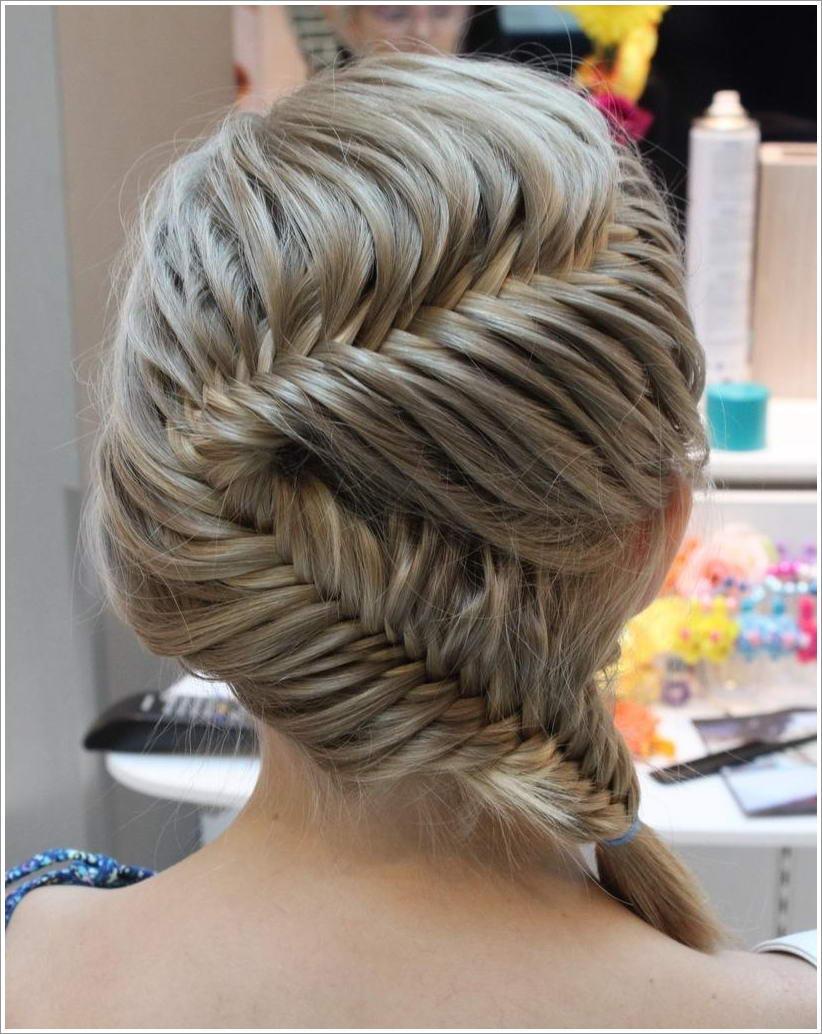 8 Fishtail Braid Hairstyles That Will Stun You
