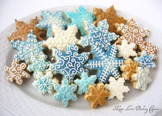 10 Snowflake Sugar Cookies To Make For This Christmas