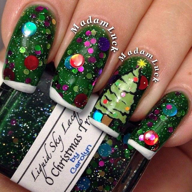 Christmas tree nails