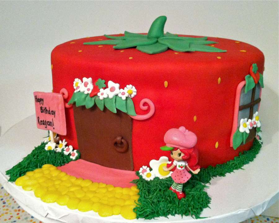 strawberry shaped cake