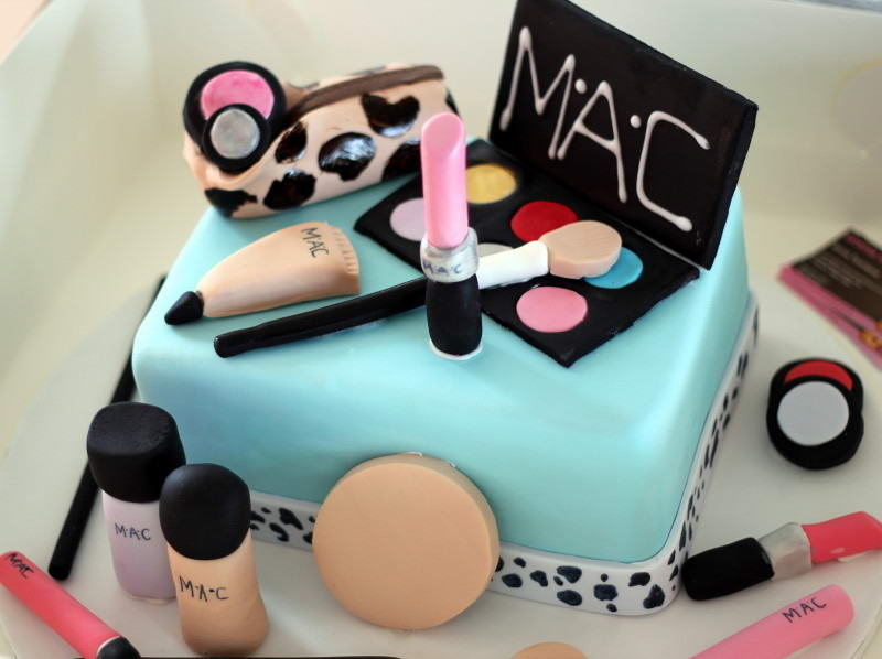10 Mac Makeup Cake For Any Makeup Geek