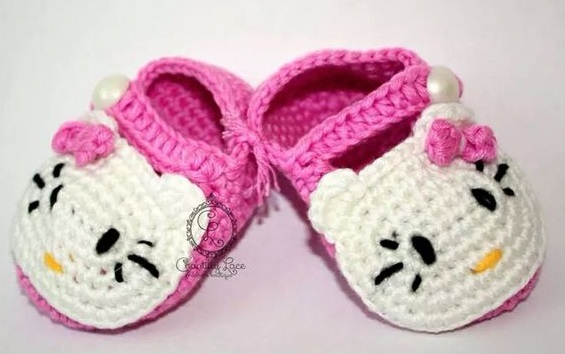 10 Hello Kitty Crochet Shoes For Your Princess