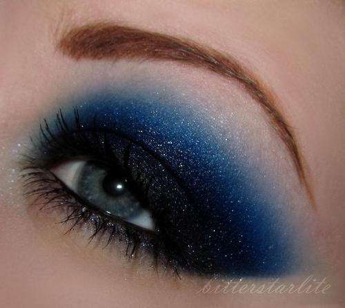 10 Deep Blue Smokey Eye Makeup For Any Party!  10 Deep Blue Sm...