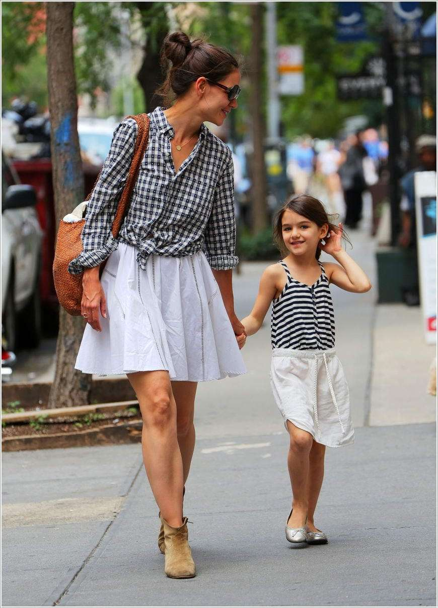 10 Cute Mommy and Daughter Matching Outfit Ideas