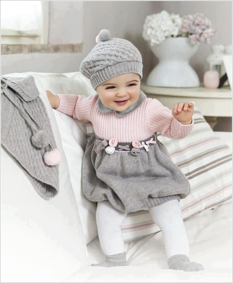 Start Collecting Winter Fashion Items for Your Baby 8