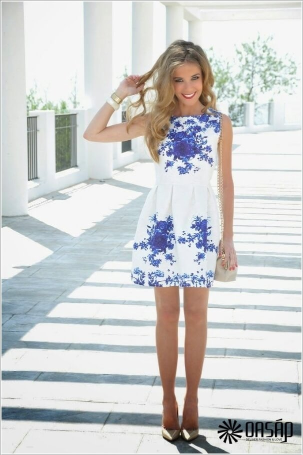 10 Super Stylish White and Blue Dresses 1